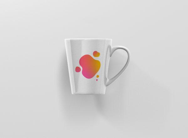 Hrnek se jmenem tvar oranzovy latte