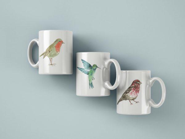 Hrnek s potiskem zviratko cervenka kolibrik ptak